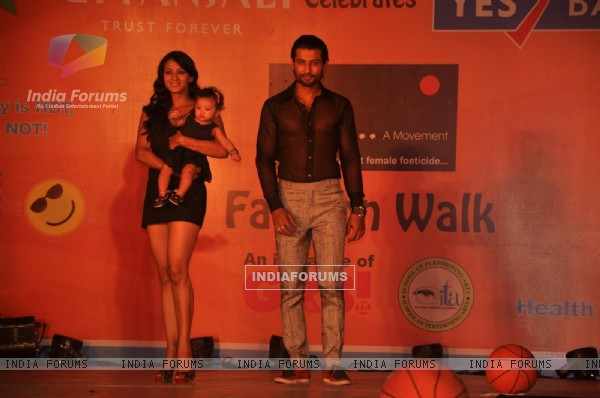 Indraneil Sengupta and Barkha Bisht at GR8! Fashion Walk for the Cause Beti by Television Sitarre