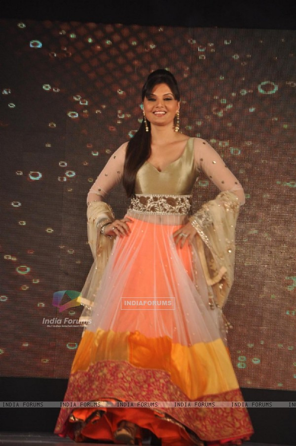 Deepshika at Lilavati's 'Save & Empower Girl Child' show