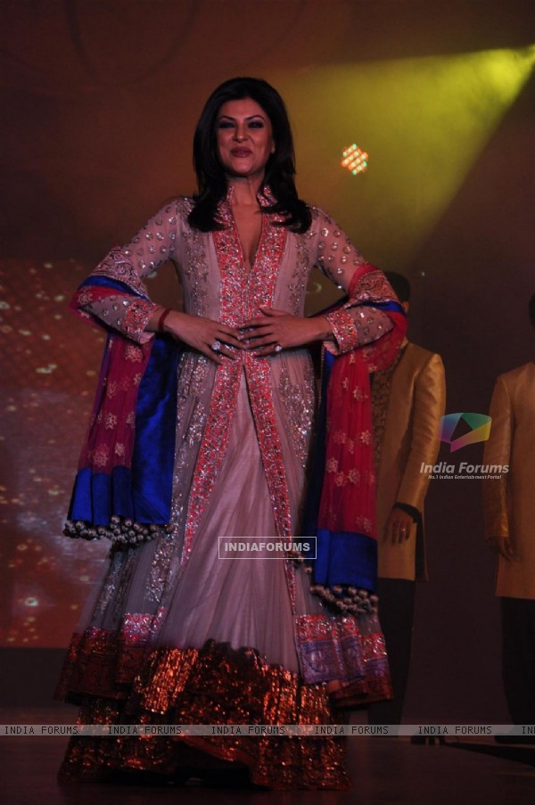 Sushmita Sen at Lilavati's 'Save & Empower Girl Child' show