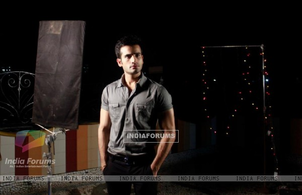 Karan Tacker in a Music Album by MadMidaas Films