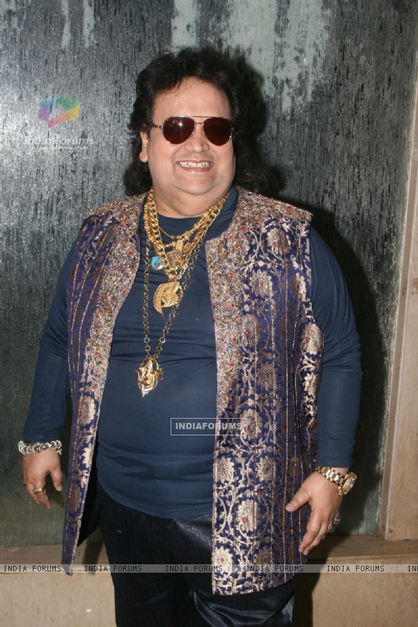 Bappi Lahiri at Golden Achiever Awards 2012