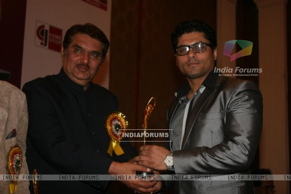 Riyaz Gangji and Raza Murad at Golden Achiever Awards 2012