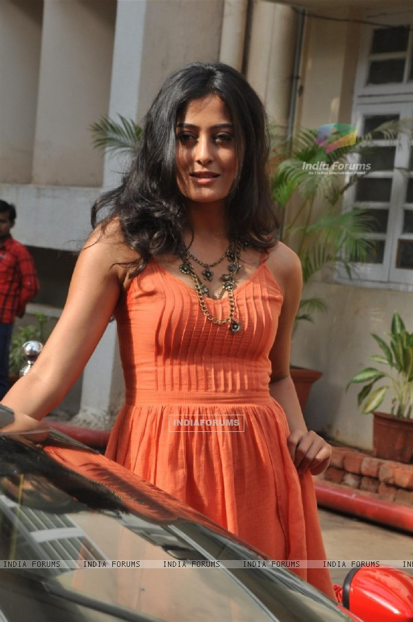 Nidhi Subbaiah during the Mahurat of Movie �Ajab Gazabb Love�