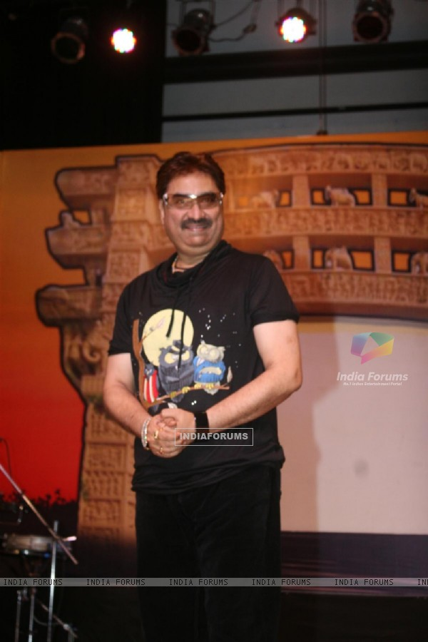 Kumar Sanu at Dadasaheb Ambedkar Awards
