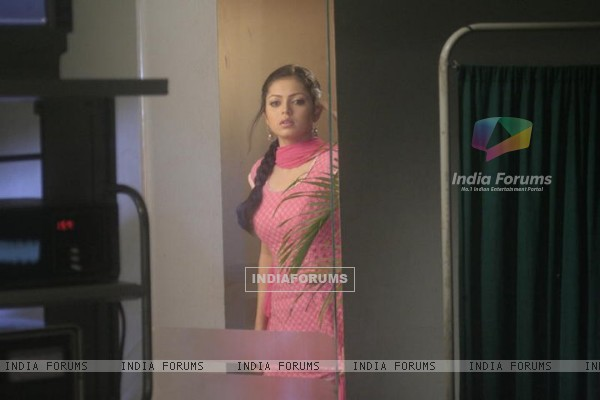 Drashti Dhami as Geet Handa