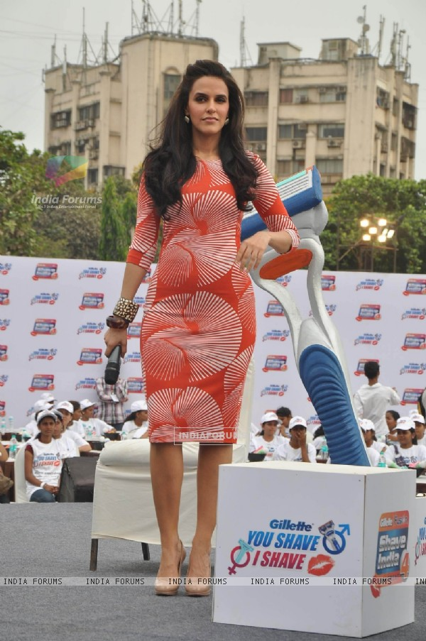 Neha Dhupia at Gillete shave event