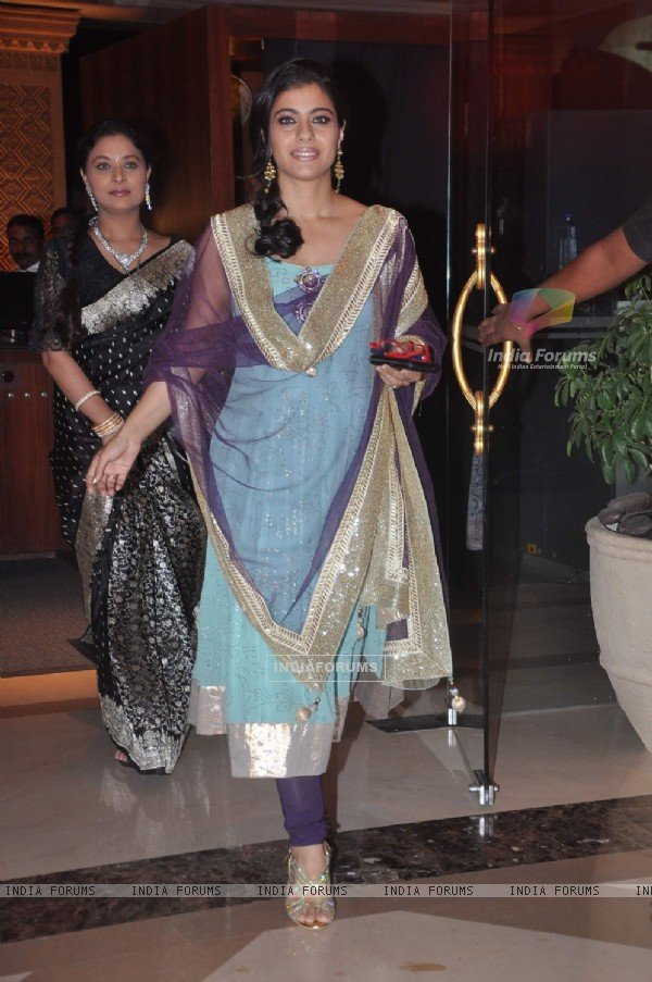 Kajol with her cousin Sharbani Mukherjee at Bappa Lahiri and Taneesha Verma Wedding Reception