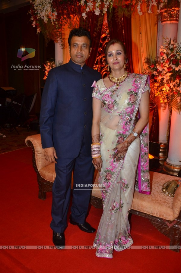 Parents of Bride Mahendra Verma & Shefali Verma at Bappa Lahiri and Taneesha Verma Wedding Reception