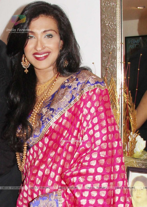 Rituparna Sengupta at Bonny Duggal's party to honour Director Priyadarshan