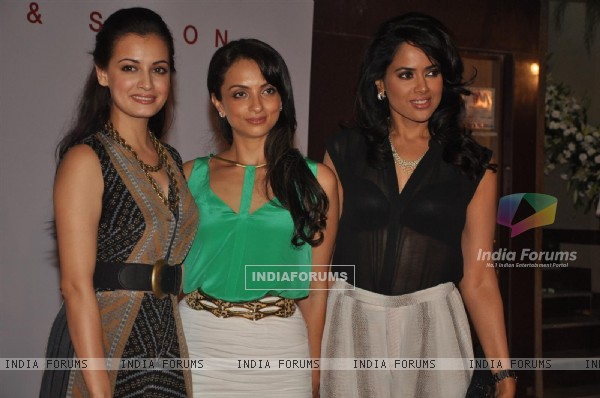 Dia Mirza, Seema Khan and Sameera Reddy at Launch of Kallista Spa
