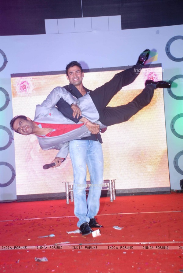 Sangram Singh and Nikhil Dwivedi at Sailor Today Awards