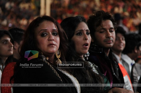 Geeta Kapoor and Terence Lewis at Dance India Dance Season 3 Grand Finale in Mumbai