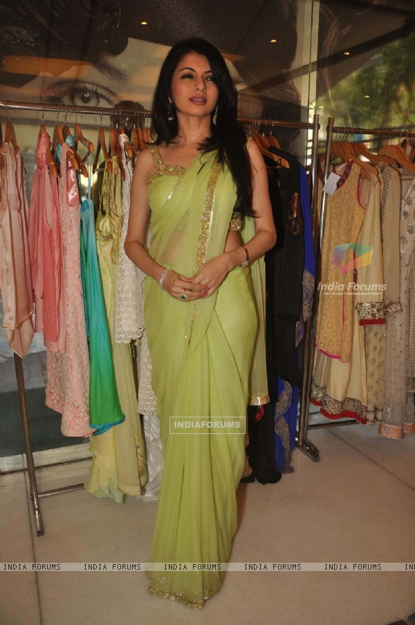 Bhagyashree launches her own collection at Juhu in Mumbai