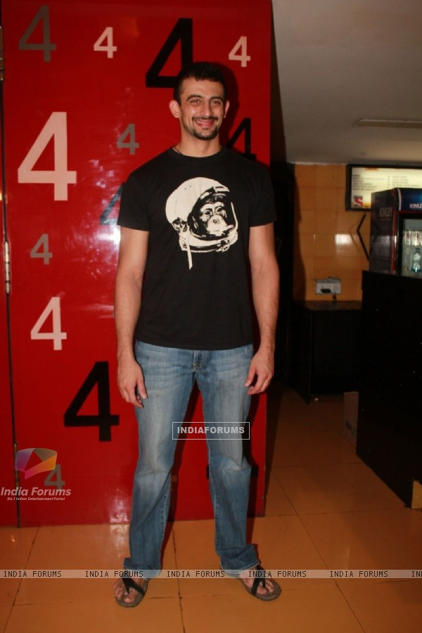 Arunoday Singh at 'Life Ki Toh Lag Gayi' premiere at Cinemax, Mumbai