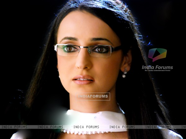 Sanaya Irani as Gunjan