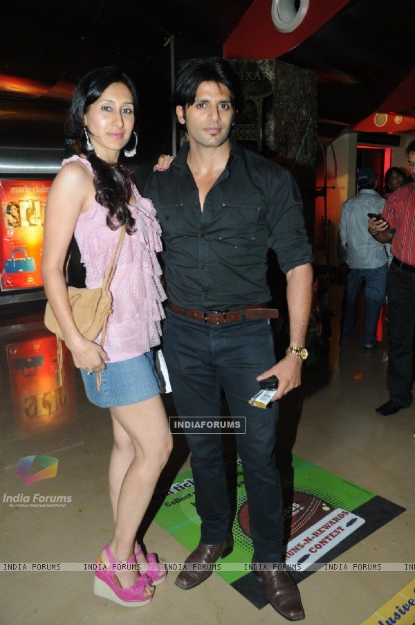 Karanvir Bohra with wife Teejay Sidhu at Premiere of film Tezz