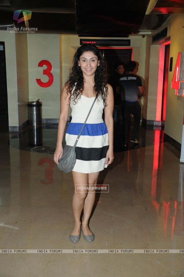 Manjari Fadnis at Premiere of film Tezz