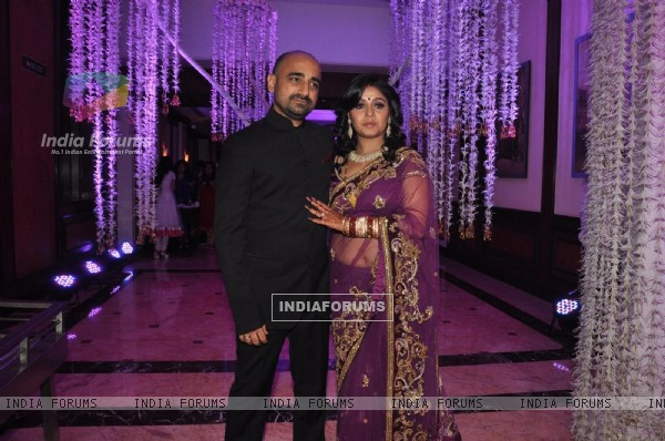 Sunidhi Chauhan and Hitesh Sonik at their Wedding Reception Ceremony
