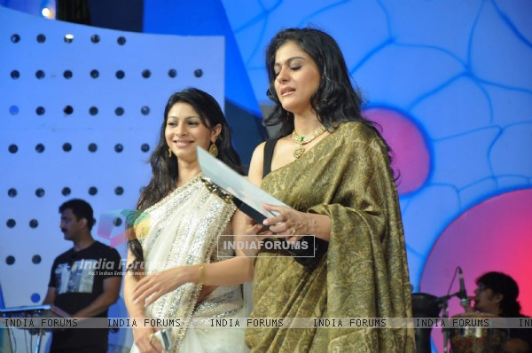 Tanisha Mukherjee and Kajol at Dadasaheb Phalke Academy Awards in Mumbai