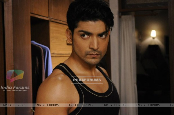 Gurmeeet as Yash Sindhya on sets of Punar Vivah
