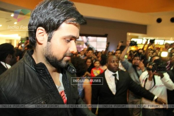 Emraan Hashmi at the premiere of Jannat 2 at Diera City Centre Dubai (196310)