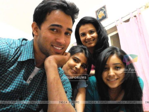 Karan Sharma, Asha Negi and Neetu Singh