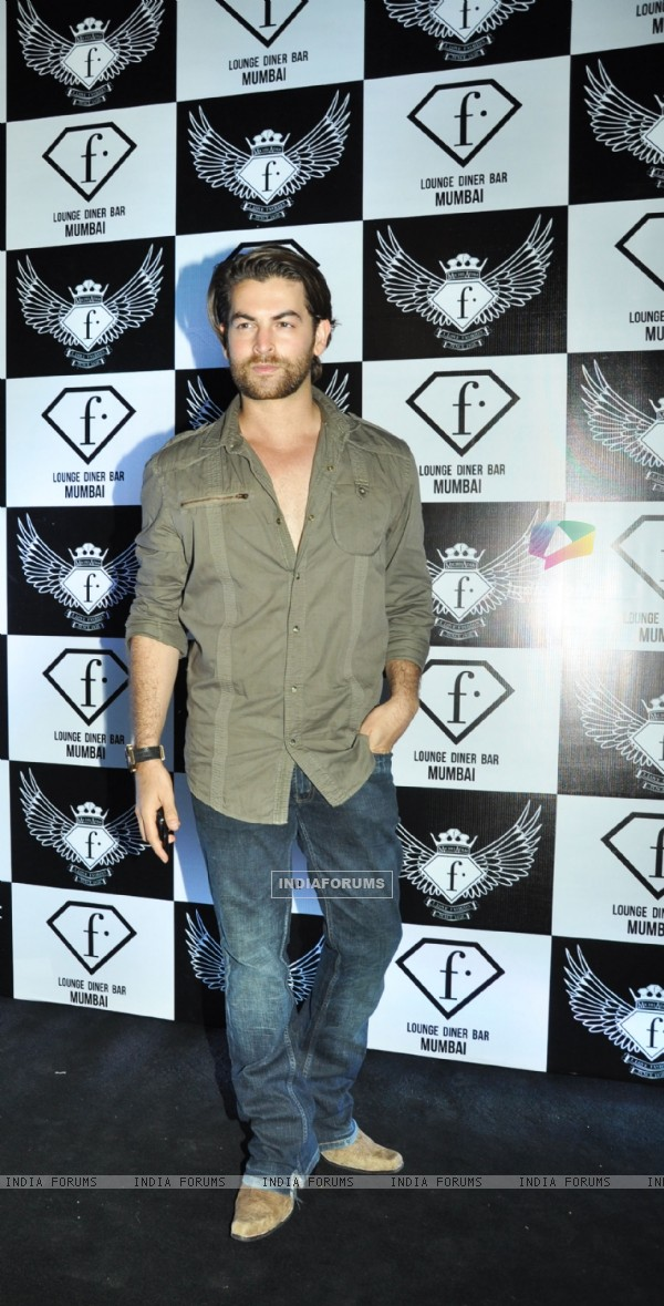 Neil Nitin Mukesh at the launch party of F Lounge