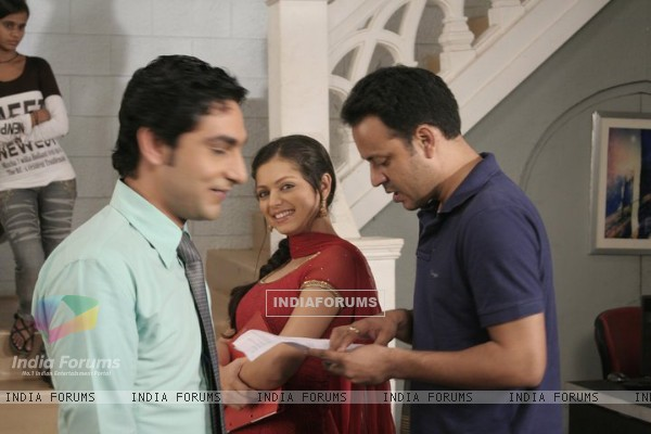Drashti Dhami on sets of Geet