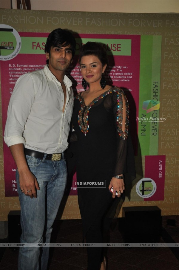 Rohit Bakshi and Aashka Goradia at BD Somani 'Couture Naturally' Annual Fashion show