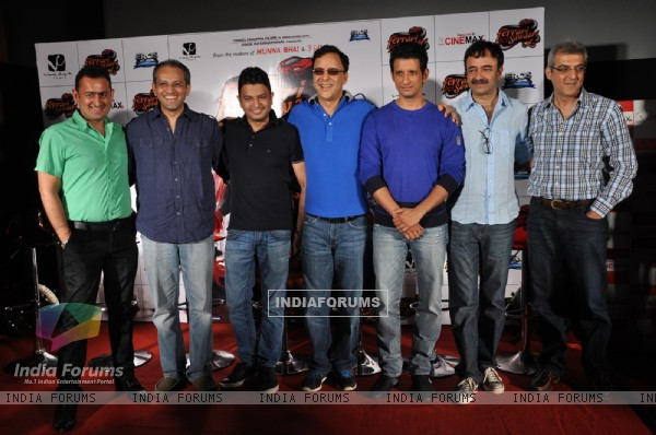 Rajkumar Hirani, Sharman Joshi, Vidhu Vinod Chopra at First Look Film 'Ferrari Ki Sawari'