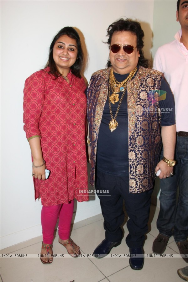 Pooja Gujral and Bappi Lahiri at Mahurat of film Main Aur Mr. Riight