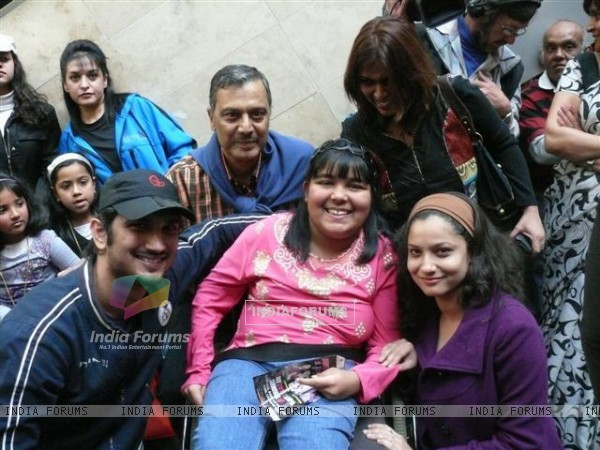 Sushant Singh Rajput, Ankita Lokhande With Fans In South Africa