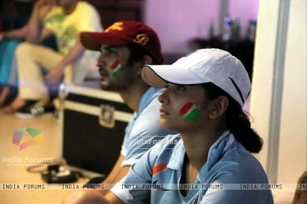 Sushant Singh Rajput and Ankita Lokhande Watching India Vs Srilanka Match