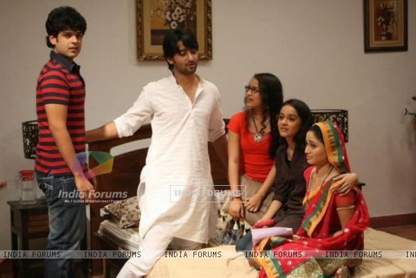 On sets of Navya
