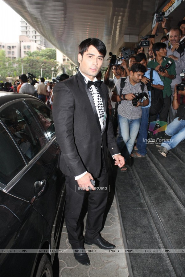 Vivian Dsena at COLORS Channel new show Madhubala...Ek Ishq, Ek Junoon premiere