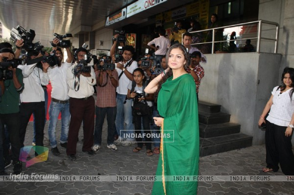 Drashti Dhami at COLORS Channel new show Madhubala...Ek Ishq, Ek Junoon premiere