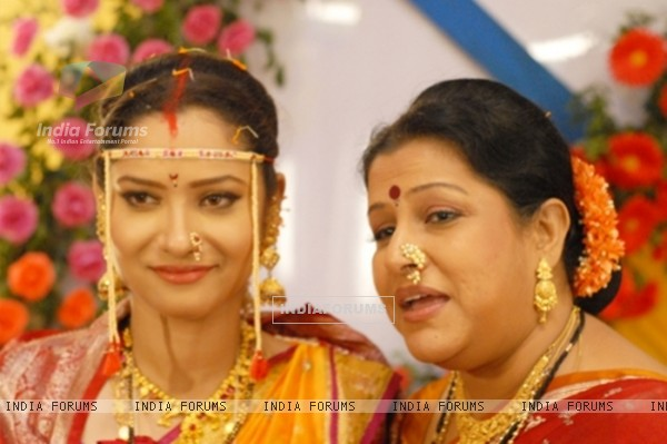 Archana And Sulochana In Pavitra Rishta