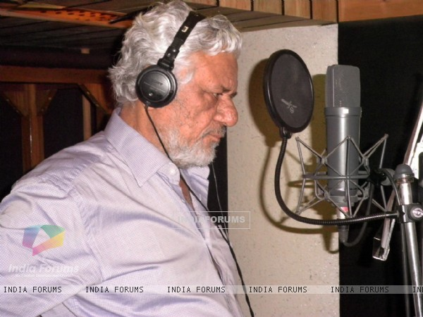 "Actor Om Puri sings ""Bharat Mata Ki Jai"" for Film Raambhajjan Zindabaad"