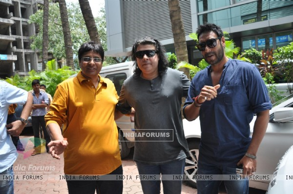 Vashu Bhagnani, Sajid Khan and Ajay Devgn at Song Recording of Film Himmatwala - 2