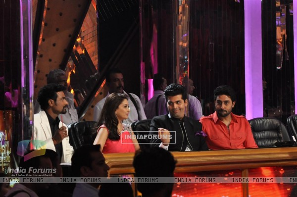Film Bol Bachchan Promotion on the Set Jhalak Dikhhala Jaa