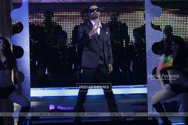 Remo on Jhalak