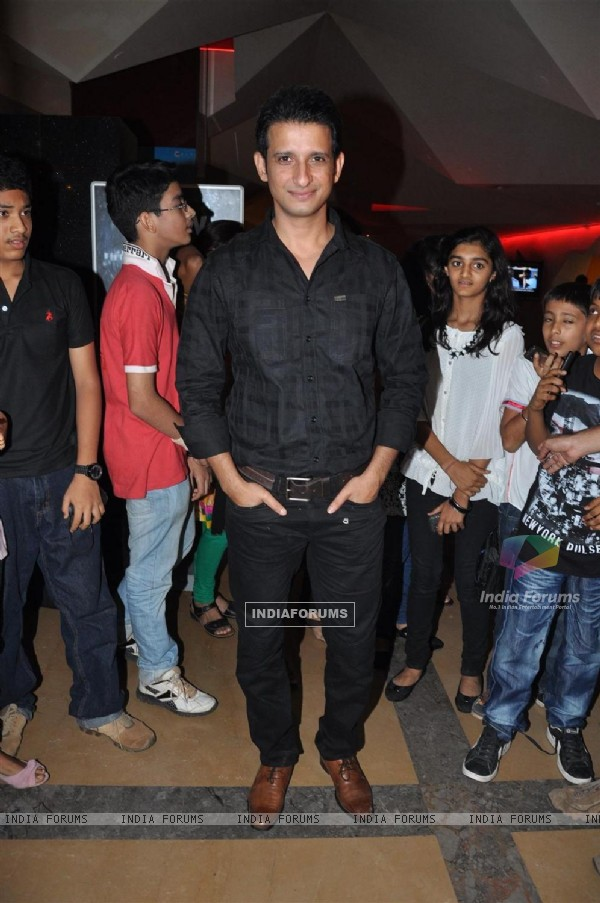 Sharman Joshi at Film Ferrari Ki Sawaari Kids Special Screening