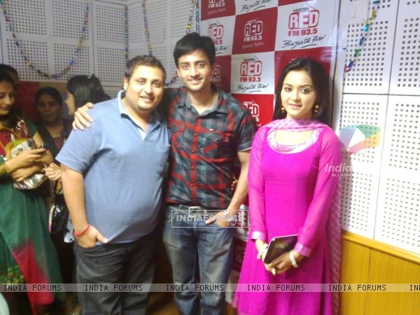 Rageeni Nandwani and Mukul Harish visits Red FM Studio