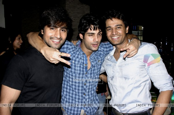 Harshad Chopra, Karan Wahi and Gaurav Khanna at Karan Wahi Birthday Party