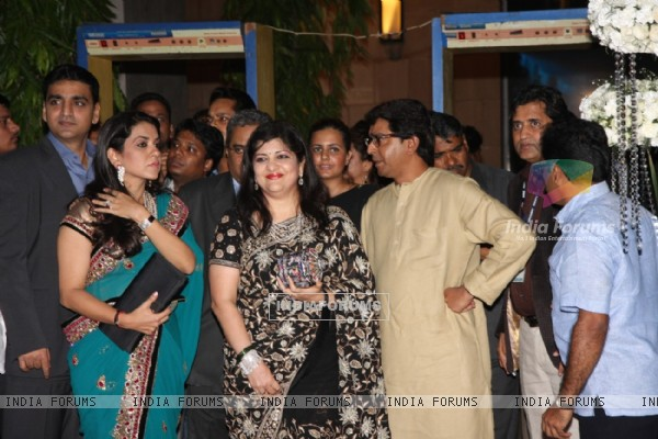 Sharmila Thackeray and Raj Thackeray at Esha Deol's Wedding Reception