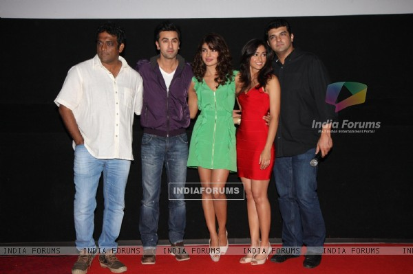 Ranbir Kapoor, Priyanka Chopra, Ileana D'Cruz, Siddharth at Film Barfi theatrical trailer launch