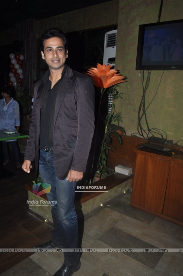 Sarwar Ahuja at Punar Vivah 100 Episode celebration