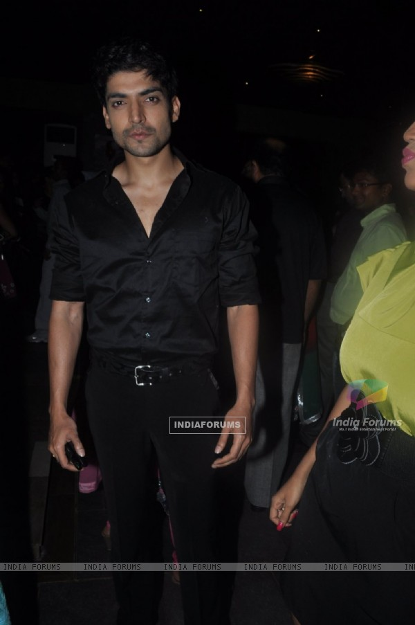 Gurmeet Choudhary at Punar Vivah 100 Episode celebration