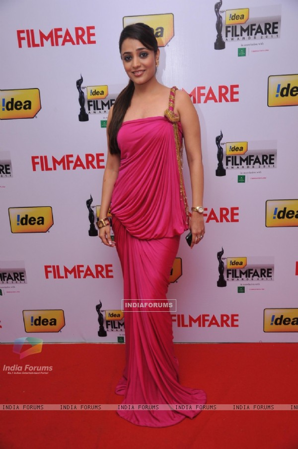 Nisha at 59th !dea Filmfare Awards 2011 (South)