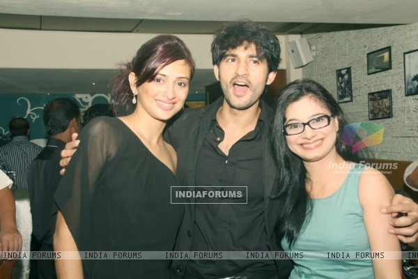 Hiten Tejwani at his restaurant launch
